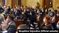 Glasanje u Skupštini Vojvodine u Novom Sadu.