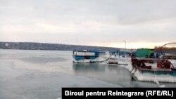 Bacul de la Molovata, blocat de înghețuri, februarie 2021
