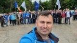 """Moldova - Vasile Costiuc cu simpatizanți ai Partidului """"Democrația Acasă"""" la Pelinia, Drochia"""