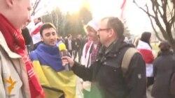 Азэрбайджанец і брытанец на Дні Волі ў Менску