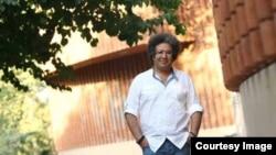 بکتاش آبتین، عضو کانون نویسندگان ایران