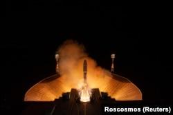 Raketni nosač Sojuz-2.1b poletio je sa lansirne rampe na kosmodromu Vostočni u regionu Amur, 1. jula 2021.