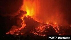 Извержение вулкана Кумбре-Вьеха