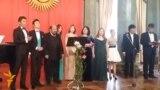 Кечени көрккө бөлөгөн кыргыз романстары