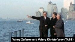 Михаил Горбачев, Рональд Рейган и вице-президент Джордж Буш. Нью-Йорк. 1988 г.