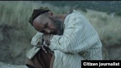 Одну из главных ролей в фильме «Две тысячи песен Фариды» сыграл известный актер Бахром Матчонов.