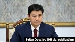 Министрлер кабинетинин төрагасы Улукбек Марипов.