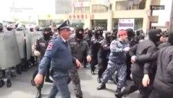 Судири на протестите во Ерменија