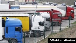 Armenia - Commercial trucks parked at the Bagratashen border crossing with Georgia, November 29, 2018. (Photo by the State Revenue Committee of Armenia)