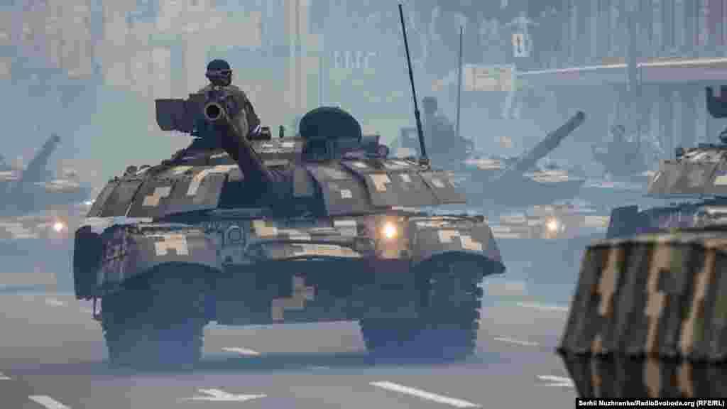 Танкова рота окремої механізованої бригади імені князя Володимира Мономаха на бойових танках Т-64БВ