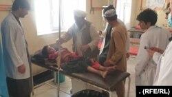 زخمی های منتقل شده در شفاخانه ولایتی در قلعه نو مرکز ولایت بادغیس.