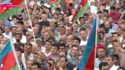 В Баку - массовый митинг против референдума по увеличению президентского срока