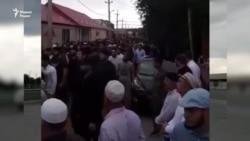 В Чечне траур. На поминки по Темерханову пришли тысячи