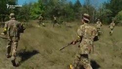 Ukrajinsku djecu obučavaju za rat
