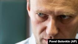 """Алексей Навалний аз рӯзи 20-уми август бемор аст ва дар беморхонаи """"Шерите""""-и шаҳри Берлин муолиҷа мешавад"""