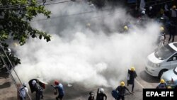 Proteste împotriva loviturii de stat din Myanmar