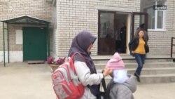 Три месяца в поисках решения «спора о платках»