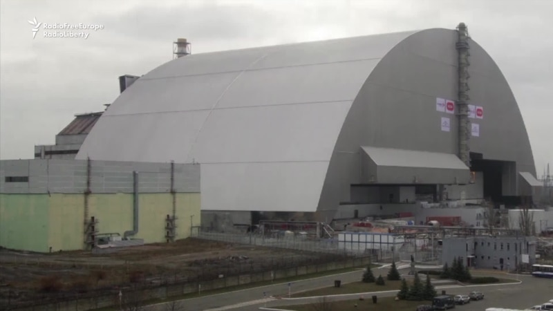 Massive Chernobyl Containment Shield Moved Into Final Position