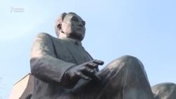 Назарбаевқа ескерткіш орнату, көше атын беру жеке басқа табыну ма әлде құрмет пе?