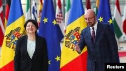Prim-ministra Natalia Gavrilița și Charles Michel, președintele Consiliului European. Bruxelles, 27 septembrie 2021