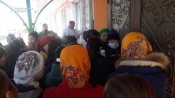 No Physical Distancing At Crowded Kazakh Food Depot