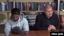 Зулфикор Одинаев (слева) и лидер СДПТ Рахматилло Зойиров