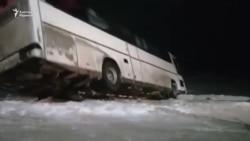 В Казахстане перевернулся автобус с узбекистанцами