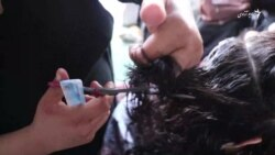 بازار گرم خرید و فروش موی در شهر کابل !