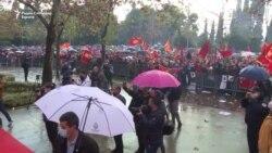 """Протест пред парламентот на Црна Гора: """"Не ја даваме државата"""""""