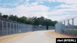 Prve fotografije žičane ograde između Srbije i Severne Makedonije