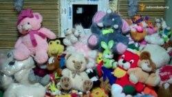 Волонтери Дніпропетровська вже готують подарунки від Миколая малозабезпеченим дітям і переселенцям