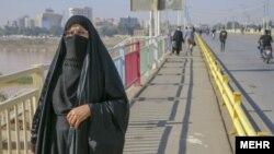 خوزستان تا ۱۰ روز پیش از لحاظ رنگبندی کرونا جزو استانهای آبی(کم خطر) بود که به یکباره این وضعیت تغییر کرده است.