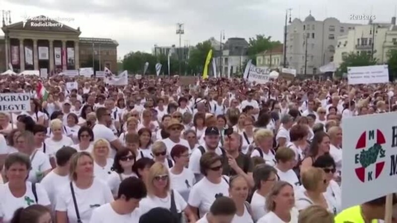 Hungarian Nurses Demand Better Pay To Stop Exodus