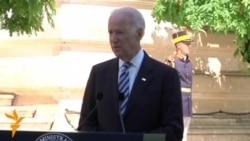 Biden Warns Russia Against Undermining Ukrainian Election