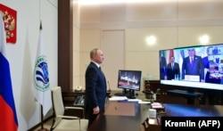Владимир Путин на встрече Организации договора коллективной безопасности по видеосвязи из Москвы, 17 сентября 2021 года