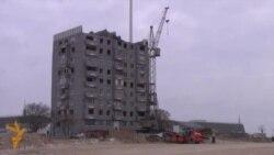 Bayraq Meydanındakı sonuncu bina sökülür