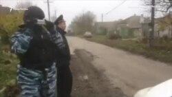 Обыск в доме крымскотатарского активиста Алимдара Белялова (видео)