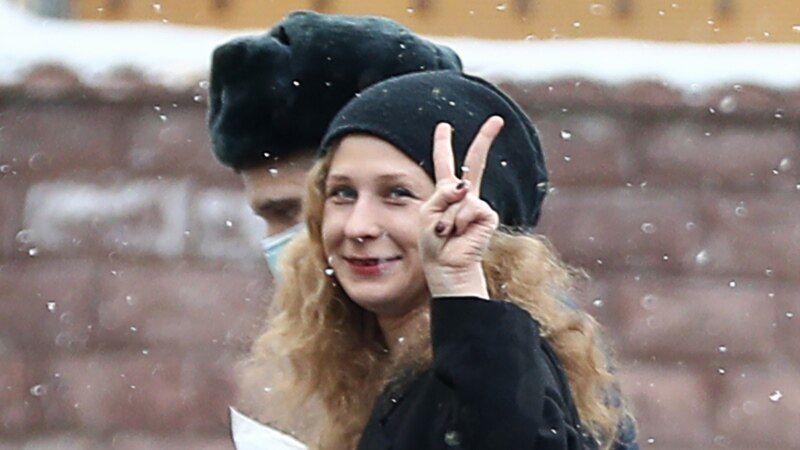 Pussy Riot Founding Member Sentenced To 15 Days As Group Pressed By Authorities