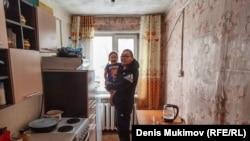 Муж и дочь Менги Монгуш
