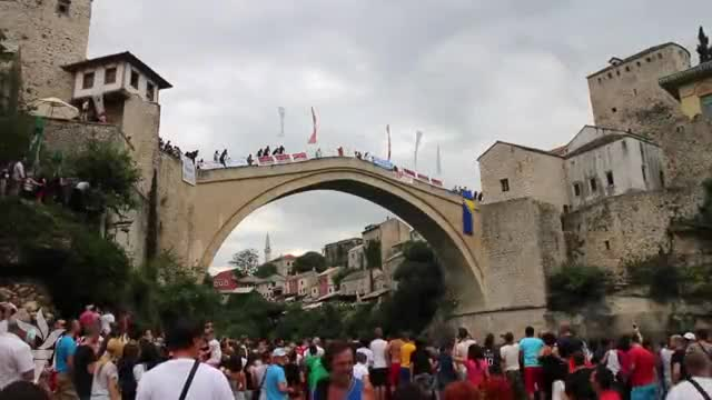 Mostar: 448. takmičenje u skokovima sa Starog mosta