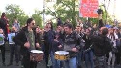 Protesta në Beograd kundër fitores së Vuçiq