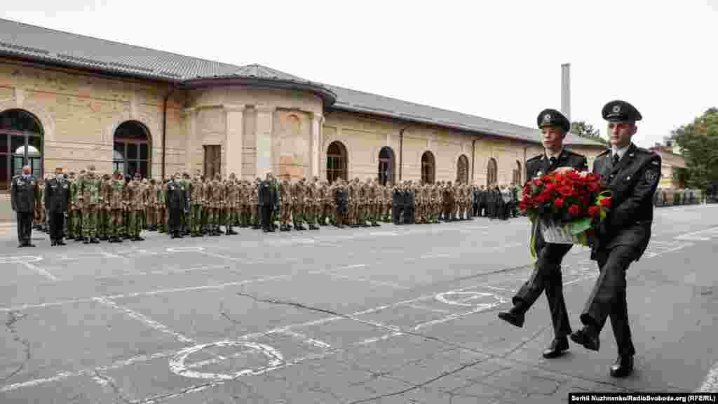 Усі присутні вшанували хвилиною мовчання загиблих в українсько-російській війні