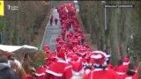 Ýewropada Santa Klauslaryň parady başlandy