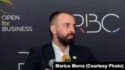 Marius Morra spune că un euro digital va ajuta la creșterea încrederii populației în tranzacțiile digitale.