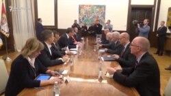 Vučić se sastao sa ambasadorima povodom odluke Prištine