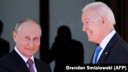 Russian President Vladimir Putin (left) and U.S. President Joe Biden before their summit meeting in Geneva on June 16.