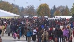 Rijeke izbjeglica ulaze u Austriju