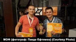 Шеснаесетгодишните Ангел Карали и Бојан Спасеновски