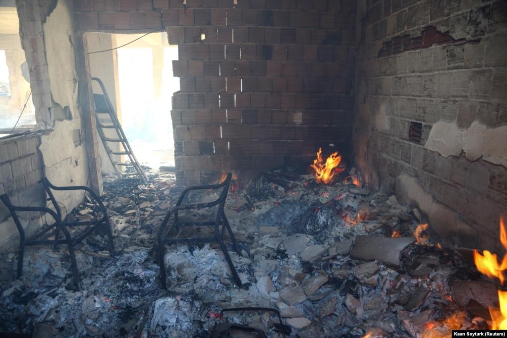 Prefekti i Manavgatit ka thënë se shkatërrim si ky s'është parë kurrë më herët atje.