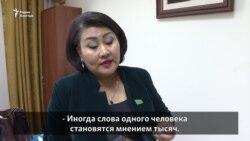 «Не слышал, не видел, не знаю». Депутаты о задержаниях активистов в Алматы